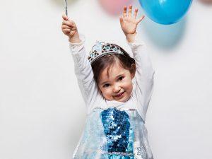 Elsa 00a 300x225 - Bambina principessa
