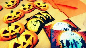 Halloween 00 300x169 - Halloween-00